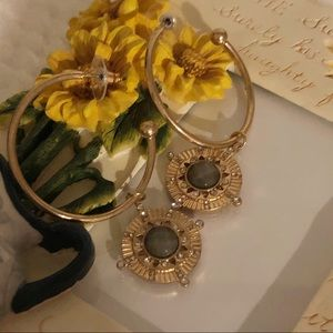 🌟JUST IN🌟 GOLD HOOP WITH GRAY RHINESTONE DANGLE